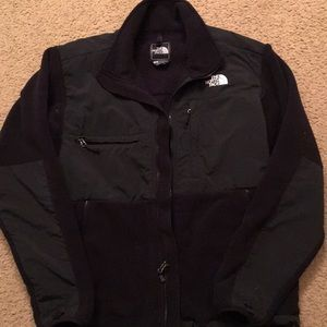 Men's Northface black fleece jacket with nylon